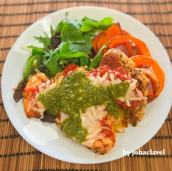 pollo tomate y mozarella